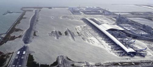"""Tifón """"Jebi"""" azota a Japón dejando al menos 11 muertos"""