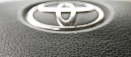 Toyota manda retirar 1 millón de vehículos