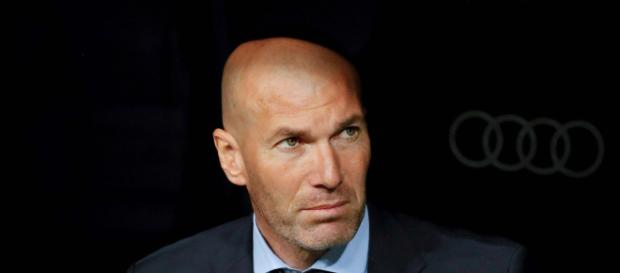 Ex-Real-Trainer Zinedine Zidane kündigt Comeback an - t-online.de