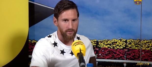 Leo Messi em entrevista para a rádio [Imagem via YouTube/ FC Barcelona]