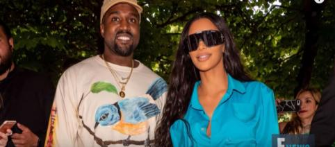 Kim Kardashian e Kanye West [Imagem via YouTube/ E!News]