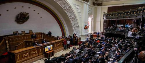 Asamblea Nacional en Venezuela solicita ante la OEA declarar crisis de refugiados venezolanos