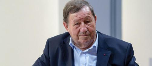 """Guy Roux conseille à l'OM de se concentrer sur la recherche d'un """"grand attaquant"""" s'il veut rivaliser avec le PSG"""