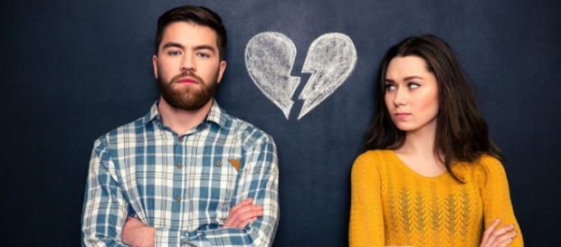 Estudo revela que namoro ioiô prejudica a saúde mental (Foto: Dean Drobot/Shutterstock)