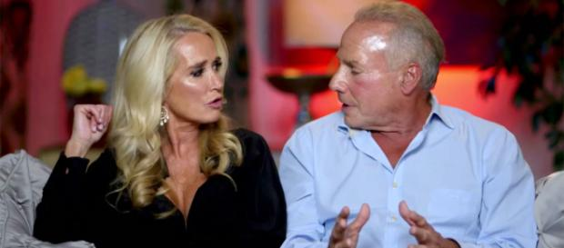 Kim Richards and Wynn Katz are seen on 'Marriage Boot Camp.' [Image Source: WEtv - YouTube]