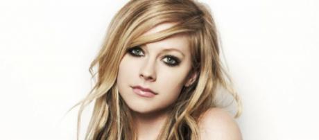 Avril Lavigne retoma a carreira