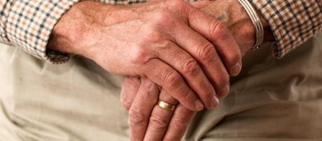 Lanciano, anziano perde la fede nuziale: i medici la ritrovano nello stomaco, la curiosa storia.