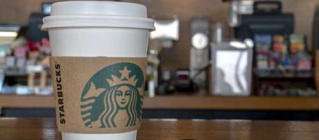 Starbucks arriva in Italia - Aperto il primo punto vendita a Milano