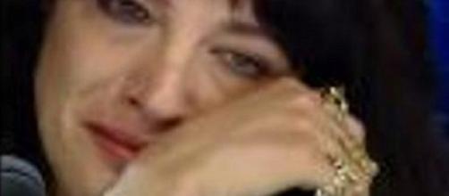 Asia Argento in lacrime durante la prima puntata di X Factor