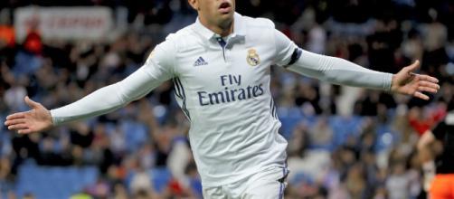 El Real Madrid disfruta del rendimiento del futbolista Mariano Díaz. - republica.com