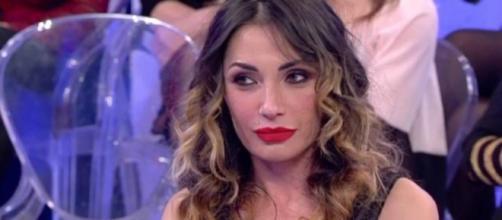 Uomini e Donne Trono Over: Ida Platano scoppia a piangere in studio.