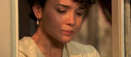 Anticipazioni Una Vita: Blanca sconvolta dopo aver aperto la valigia della madre Ursula