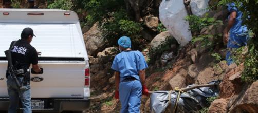 Crece en México el horror de las fosas ilegales: Hallan 500 ... - hispantv.com