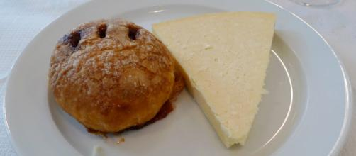 The Eccles Cake, with a mighty portion of lovely Lancashire. [Image Source: Ewan Munro - Flickr]