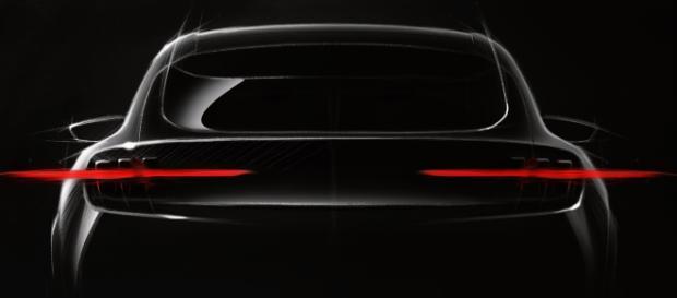 Ford se une a la tendencia de los coches electricos con el Blue Oval