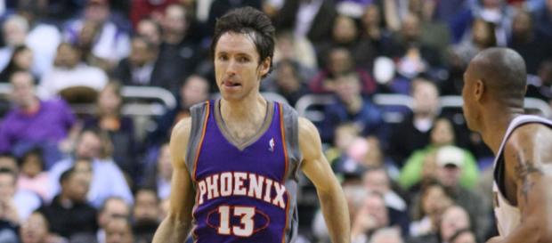 Steve Nash is one of the players being inducted into the Hall-of-Fame in 2018. [image source: Keith Allison- Wikimedia Commons]