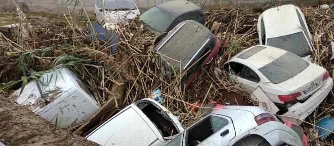 Riada arrastra decenas de autos en el municipio toledano de Cebolla