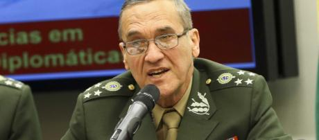 Comandante do Exército, General Villas Bôas, mostrou preocupação com o clima de intolerância