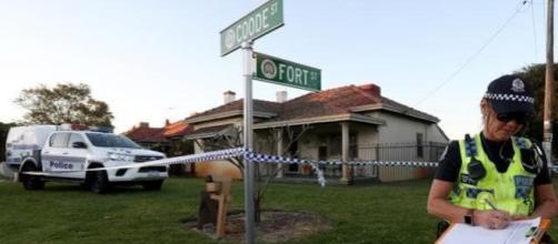 Encuentran 5 personas muertas en una casa en los suburbios de Perth, Bedford