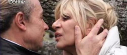 Uomini e donne, Gemma prova a baciare un corteggiatore ma lui la respinge