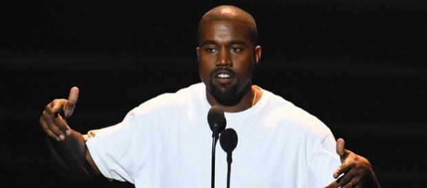 Kanye West, se lance dans le porno et annonce sa candidature pour être président en 2024