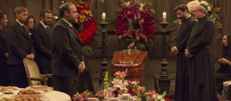 Anticipazioni Il Segreto: Raimundo e Gonzalo inscenano il decesso di Francisca
