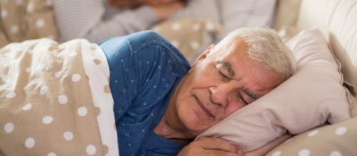 La calidad del sueño, según un estudio, podría ser un síntoma temprano del diagnostico del Alzheimer