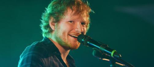 Ed Sheeran foi quem mais faturou em 2018. (Reprodução: Popsugar)