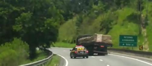 Perseguição durou vários quilômetros (Crédito: Polícia Rodoviária).
