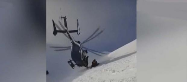 Amazing helicopter rescue up in the French Alps. [Image BBC News/YouTube]