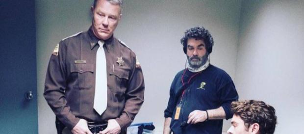 James Hetfield veste i panni di attore in Extremely Wicked, Shockingly Evil and Vile