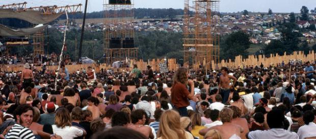 Joe Cocker performs at Woodstock 1969. [Image Woodstock Whisperer/Wikimedia]