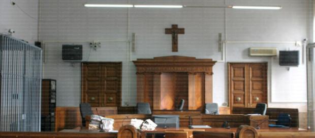 La Corte d'Appello di Salerno ha condannato il ministero della Giustizia a risarcire un boss della 'ndrangheta.