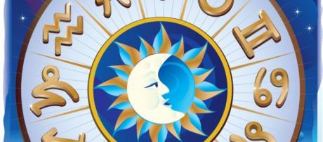 L'oroscopo è propizio per Leone, negativo per Gemelli e Cancro