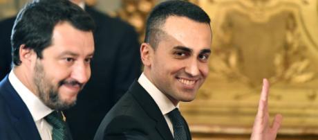 Riforma Pensioni, anche il riscatto laurea con sconto per under 41 nel decreto su Quota 100, nella foto Salvini e Di Maio