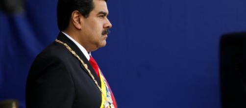 La OEA desconoce a Maduro como mandatario de Venezuela.
