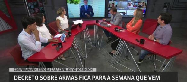 Jornalista acabou caindo no 'gemidão' (Reprodução: GloboNews)