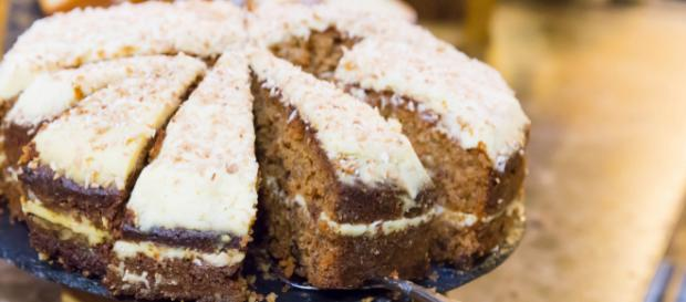 This recipe for carrot cake is now even simpler. [Source: Marco Verch - Flickr]