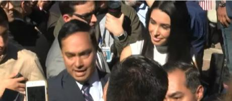 Julián Castro announces bid for President in 2020. [Image source/kxan ouTube video]