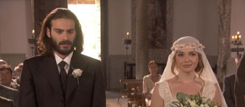 Trame Il Segreto: Isaac sposa Antolina con la morte nel cuore