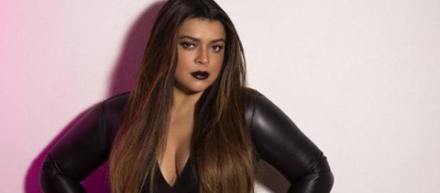 A cantora chamou a atenção nas redes sociais