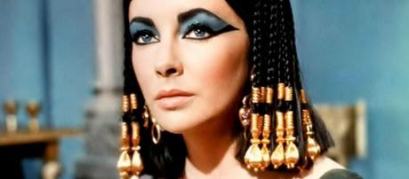 Egitto, l'archeologo Zahi Hawass annuncia di aver trovato la tomba di Cleopatra