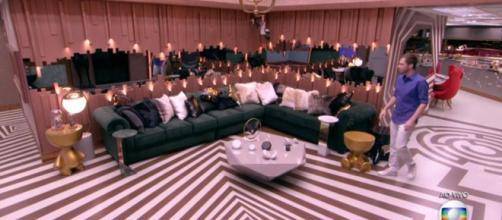 Decoração teria sido inspirada em como seria a casa de um rockeiro milionário e excêntrico (Foto Reprodução / Rede Globo)
