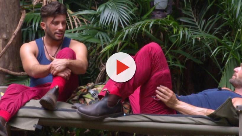 Domenico bringt Dschungelkönigin Jenny zum Würgen + Desiree Nick schießt gegen Yotta
