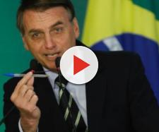 Bolsonaro usa metáfora ao assinar decreto de armas - Foto: IGO ESTRELA/METRÓPOLES