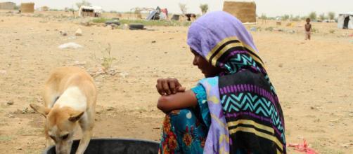 A miséria e a baixa escolaridade estão entre os fatores condicionantes para a manutenção de culturas que inferiorizam a mulher.(Google Imagens)