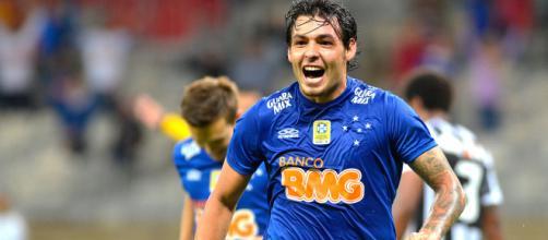 Goulart atuando pelo Cruzeiro, em 2014 (Reprodução)