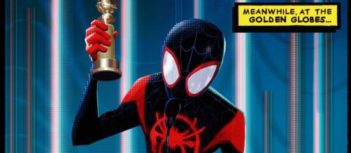 Miles Morales recebendo o Globo de Ouro de Melhor Animação. (Reprodução / Sony Pictures)