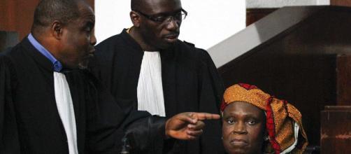 Notícias ao Minuto - Ex-primeira-dama da Costa do Marfim absolvida ... - noticiasaominuto.com