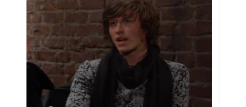 Tristan Lake LeBeau is leaving his role as Reed on Y&R. [Image Source: The Emmy Awards-YouTube]